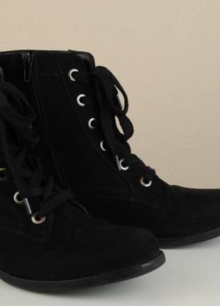 Ботинки женские демисезонные на шнуровке, размер 40.