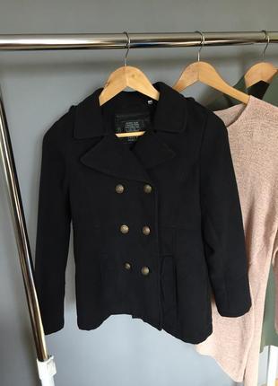 Стильное кашемировое короткое пальто here&there