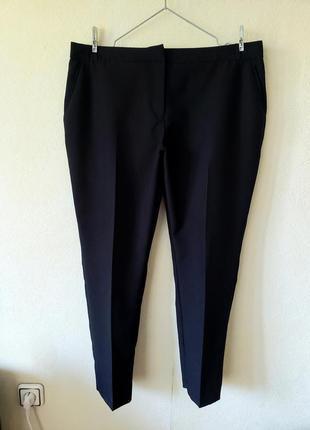Черные зауженные брюки с карманами  primark