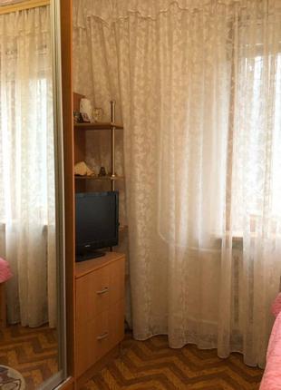 Трехкомнатную квартиру на Затонского