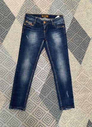 Diesel укорочені джинси скіні  середньої посадки. джинсы-скинни
