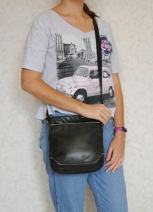 Стильная практичная сумка кроссбоди, натуральная кожа