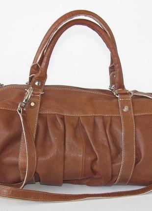 Большая легкая эффектная сумка натуральная кожа, италия.