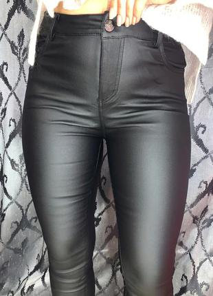 Новая модель😍 кожаные штаны с напылением эко кожи с высокой по...