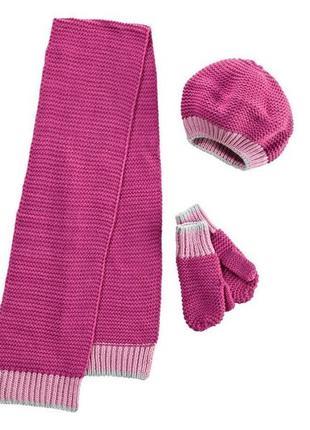 Комплект для девочки. шарф, варежки, шапка