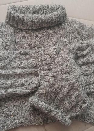 Calvin klein свитер, ручная вязка. универсальный размер. шерст...