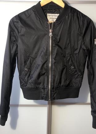 Бомбер курточка
