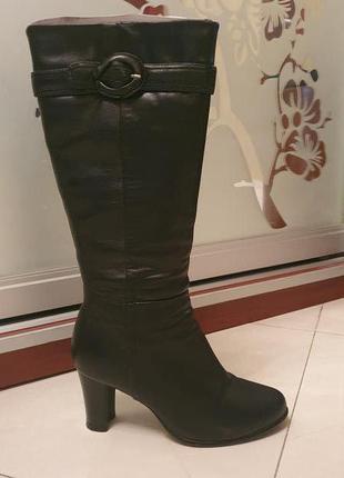 Зимние женские кожаные сапоги фирмы Braska, 37 размер