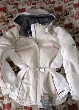 Горнолыжная женская брендовая куртка , новая