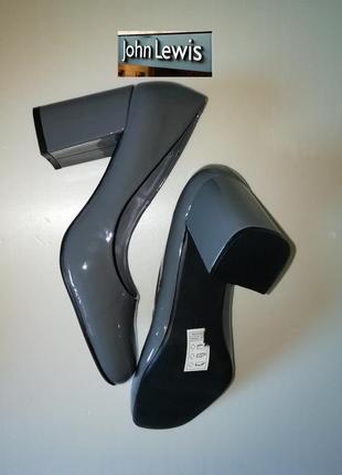 Элегантные лакированные туфли на устойчивом каблуке, англия