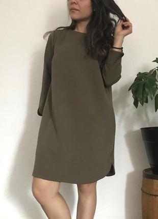 В наличии - прямое оливковое платье с рукавом 3/4 *h&m* 10/40 р.