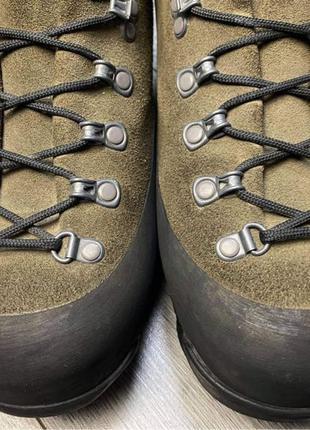 Черевики Aku для гірських походів. Mammut, meindl, lowa, la sport