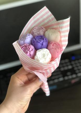 Букет из пионов мыло ручной работы цветы