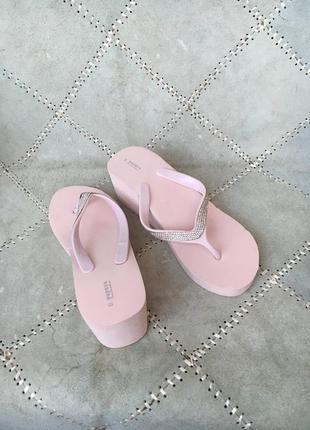 Распродажа летней обуви!! шлепки р.39