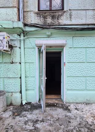 Сдам свой магазин М. Арнауцкая 43 \ Осипова фасад 37 кв.м. Свобод