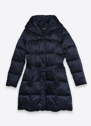 Теплая зимняя куртка  c большим капюшоном