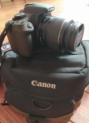 Фотокамера Canon
