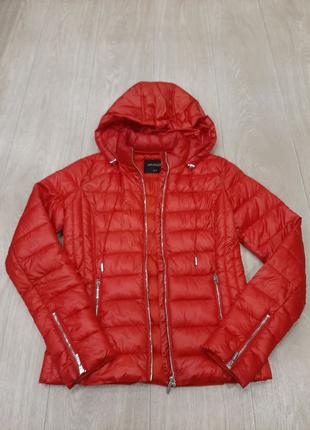 Красная легкая куртка Top secret