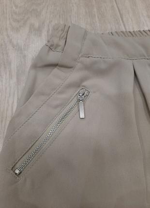 Светлые брюки штаны Bershka