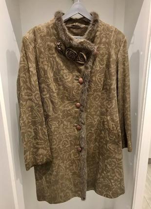 Пальто из натуральной кожи мех норка