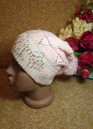 Ажурная вязаная детская демисезонная шапка на девочку