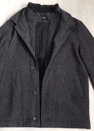 Пальто hugo boss натуральное тёплое демисезонное 52-54