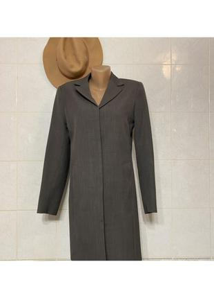 Длинный пиджак женский стильный скрытые пуговицы платье серый