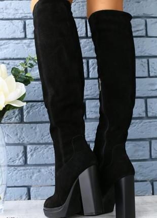 Зимние замшевые сапоги ботфорты на каблуке