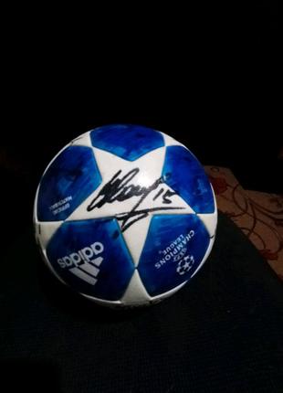 Продам Футбольный мяч Adidas League champions 2018
