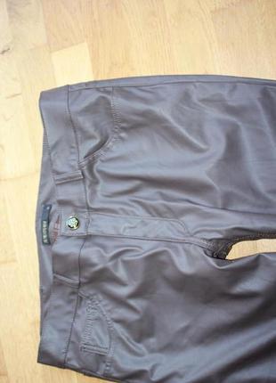Теплые штаны под кожу supertrash parady размер 31 и 32