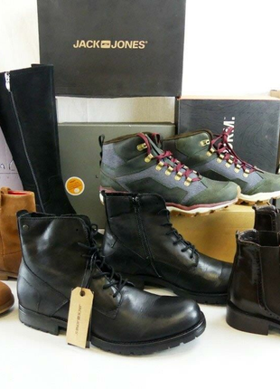 Продавец в магазин обуви
