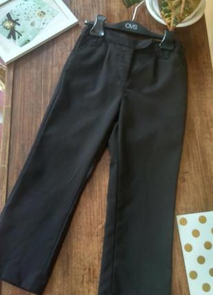 Школьные брюки и для девочки 116(5-6лет)