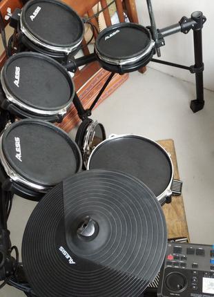 Электронная барабанная установка DM10 Studio Kit