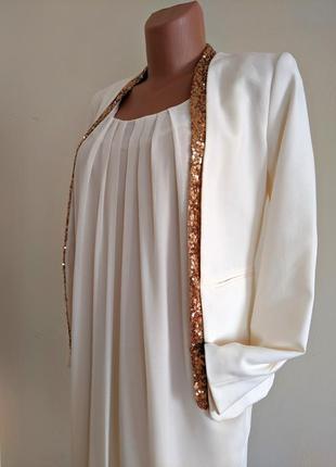 Шикарный жакет пиджак молочный белый вечерний с пайетками