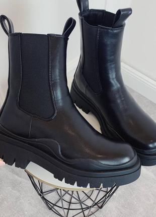 Ботинки челси женские демисезонные на платформе черные деми 126