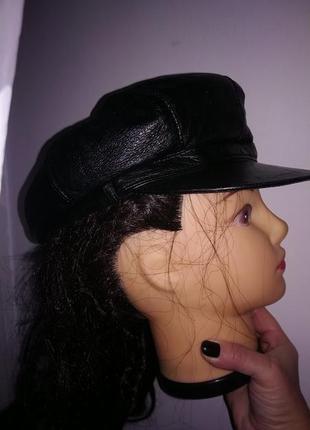 Бейсболка,кепка,шапка ,натуральная кожа ,италия .