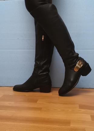Кожаные высокие сапоги, ботфорты