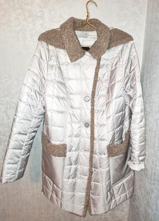 Продается женское пальтишко