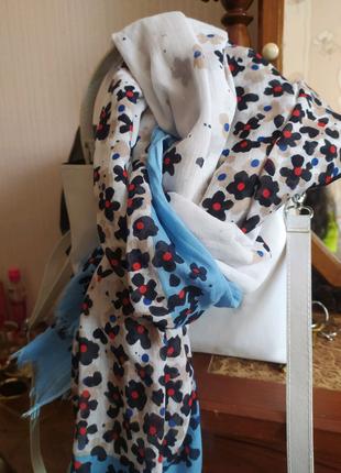 Изысканный женский шарф с цветочным принтом от Магс О''Роlo