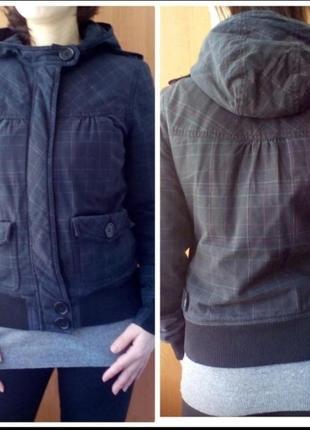 Демисезонная тёплая курточка