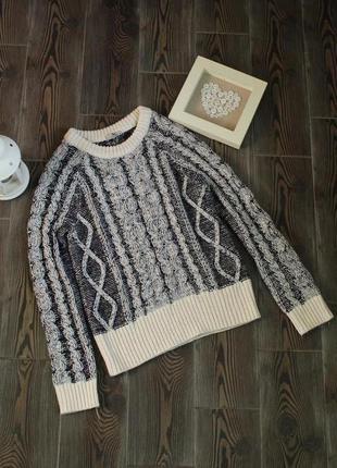 Вязаный свитер свободного кроя оверсайз с косами