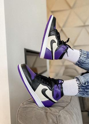 Женские кроссовки nike air jordan 1 retro high violet black