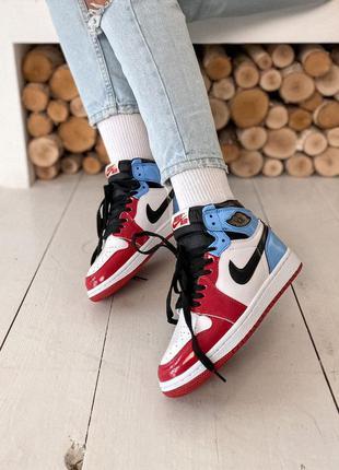 Женские кроссовки  nike air jordan 1 retro high blue red