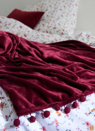 Мягкий плед покрывало на кровать