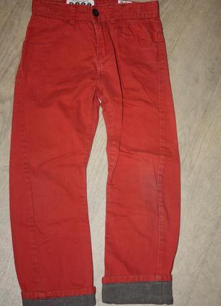 Стильные, модные джинсы мальчику  от 6 до 8 лет,идеальное сост...