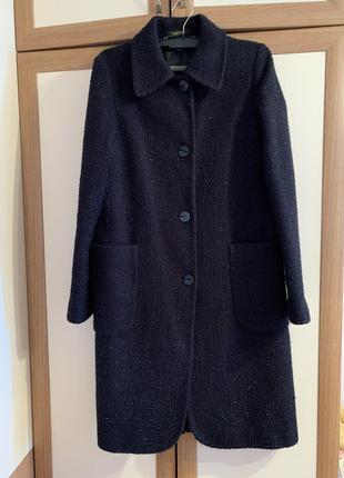 Пальто классического прямого кроя с большими накладными карман...