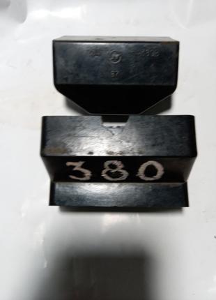Продам Вилку и розетку 25А 380В. СССР.