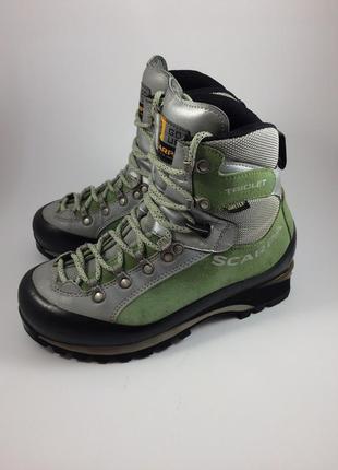 Трекинговые ботинки scarpa