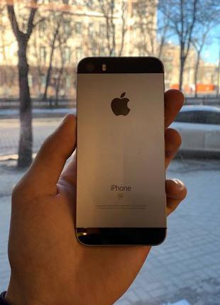 iPhone SE 32 Space Gray Neverlock смартфон телефон айфон