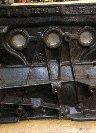 Б/у блок двигателя Renault F4C 1.8i 16v Laguna 2, Megane 2,